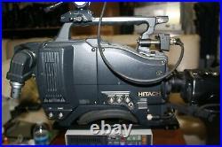 Hitachi Z-3000W 16x9 Video Camera With Triax SDI Studio Package